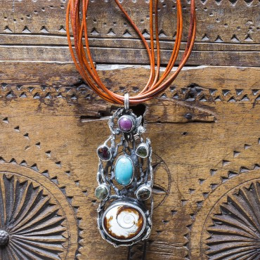 Authentic Necklace with Sea Shell